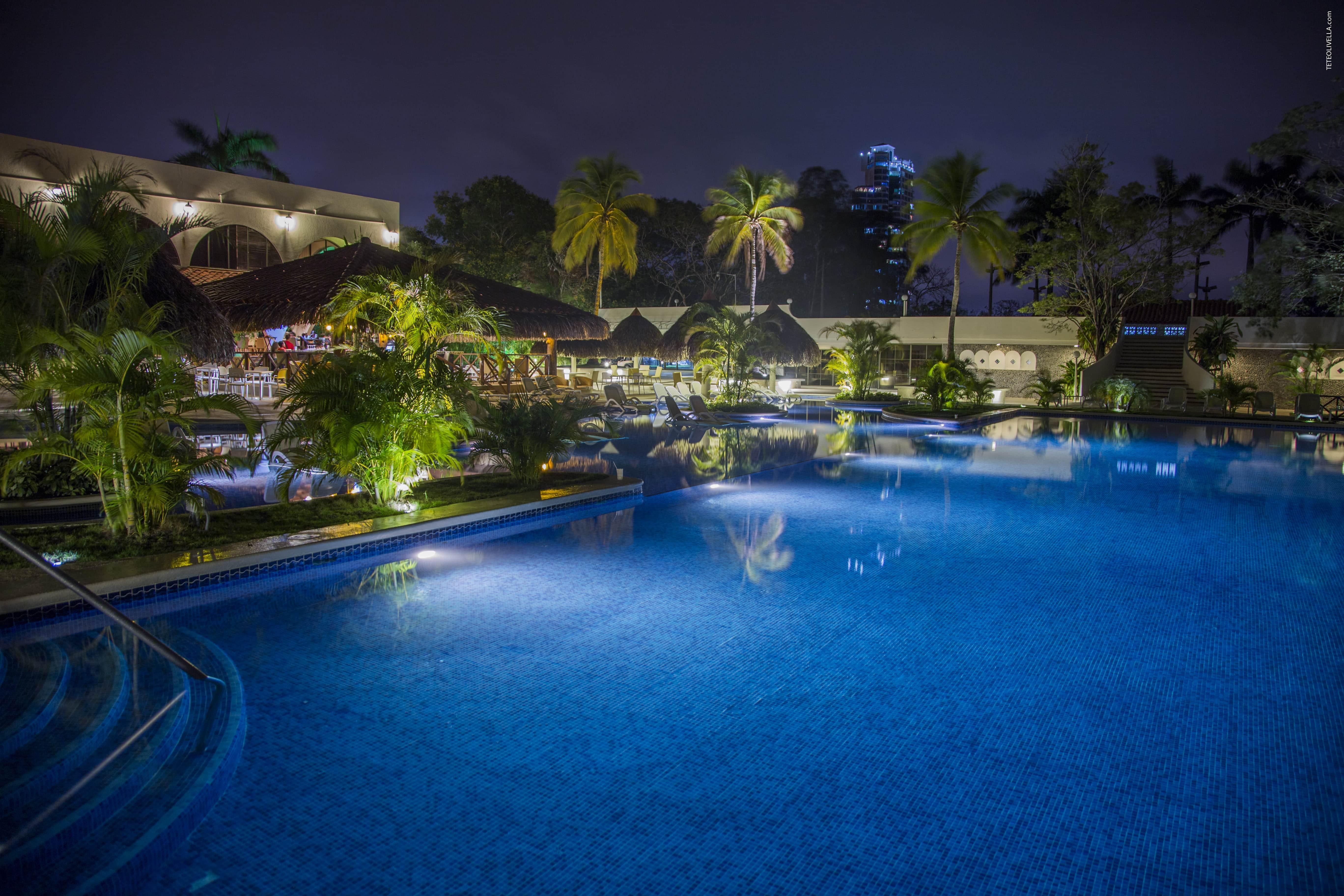 Coronado Luxury Club Piscinas